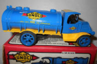 Mack 1926 Mack Sunoco Tanker Truck Ertl Die Cast no 1 bank Toy